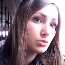 Пара ищет девушку в Сургуте для секса