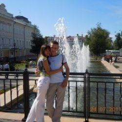 Пара познакомится с девушкой из Сургут для секс встреч