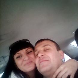 Мы семейная пара, ищем спортивную девушку для секса в Сургуте