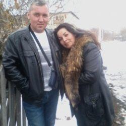 Милая пара ищет девушку для постоянных отношений в Сургуте