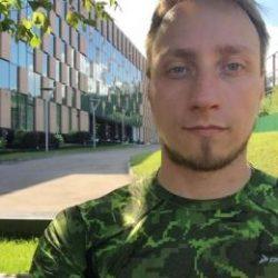 Парень из Сургут, ищу девушку для секса на постоянную основу